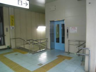 武蔵小杉駅北口エレベーター(改札階)