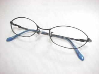 パーツ交換後のメガネ