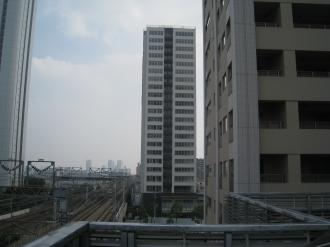 新幹線・横須賀線とシティハウス武蔵小杉